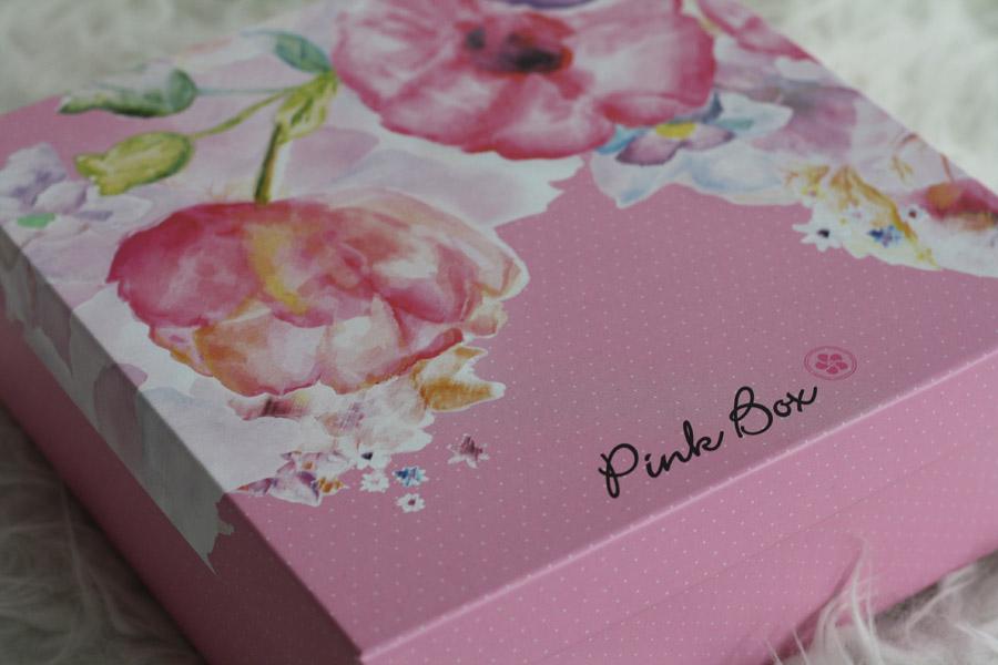 pinkbox_mai_01